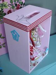 Dressing rose pour mes dolls. 4618518678_f971353665_m