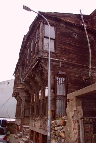 wooden house, üsküdar, istanbul, turkey, pentax k10d