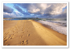 Footsteps in the Sand-1644 (Barbara J H) Tags: ocean sea beach clouds river geotagged sand australia qld footsteps seashore hdr sunshinecoast cottontree photomatix maroochyriver footstepsinthesand barbarajh auselite bestofaustralia maroochyrivermouth geo:lat=26651985 geo:lon=153103323