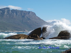..splash!!!... (jan-krux photography - thx for 1.4 Mio+ views) Tags: blue sea sky seascape mountains nature water landscape rocks capetown spray boulders e1 campsbay zd 40150mm wafes