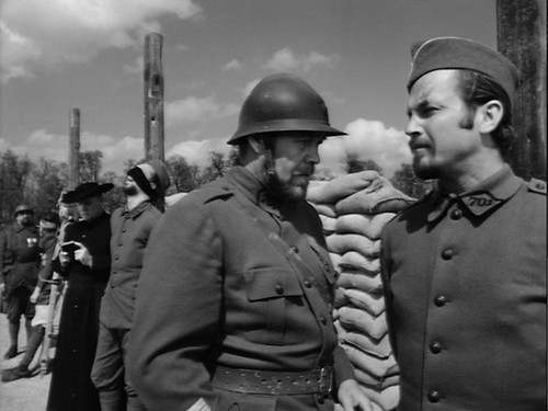 18 Paths of Glory