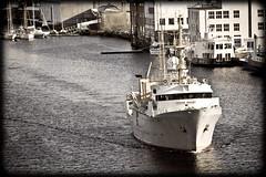Leaving port (TimOve) Tags: old port leaving harbor boat filter bergen sailboats telenor puddefjorden hkonmosby