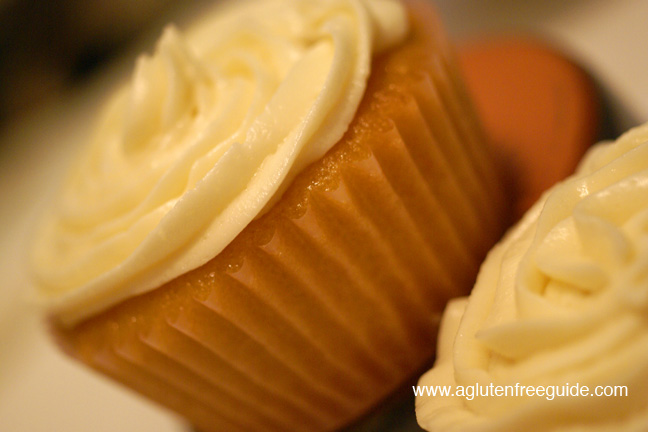 web The Best Gluten Free Yellow Cupcakes Recipe (6)