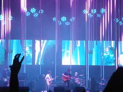 Radiohead (CrisGusmo) Tags: show brazil brasil concert tour saopaulo kraftwerk thomyorke radiohead loshermanos 2009 jonnygreenwood colingreenwood philselway edobrien inrainbows lastfm:event=848209 justafest chacaradojockey chacaradojoquei inrainbowstour2009