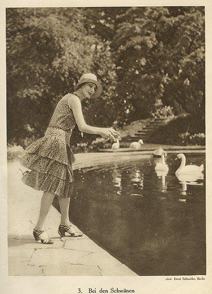 Ernst Schneider, Anna Pavlova, Swans
