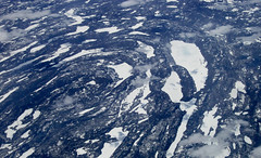 Area back from London 19 (Arquepoetica) Tags: ice frozen aerialview aerial aire hielo area windowseat fligth areo desdeelaire congelado