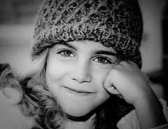 tu sonrisa ( rizoss) Tags: child alicia retrato nia ojos sonrisa mirada rizoss