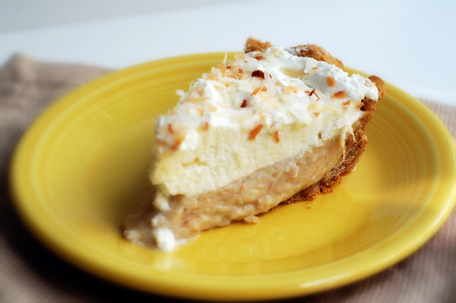 Visions of Sugar Plum: Toasted Coconut-Banana Cream Pie
