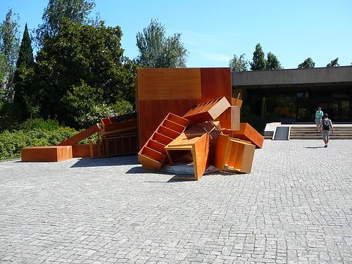 La entrada al Gulbenkian.
