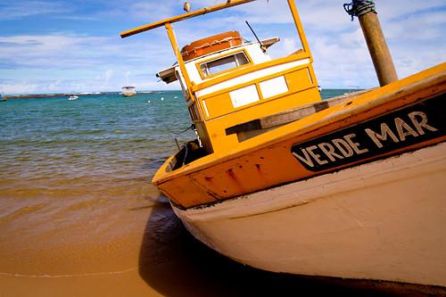o nome do barco diz tudo by @mands