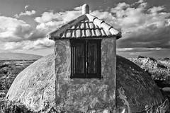 Aljibe (Ramn Cutanda) Tags: old bw espaa spain bn viejo cistern aljibe regindemurcia