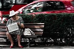 Robados # (70) (Antonio Goya) Tags: life street people urban espaa color colour spain nikon funny zaragoza vida upskirt 70300mm goya 2009 candida robado d90 callejeo
