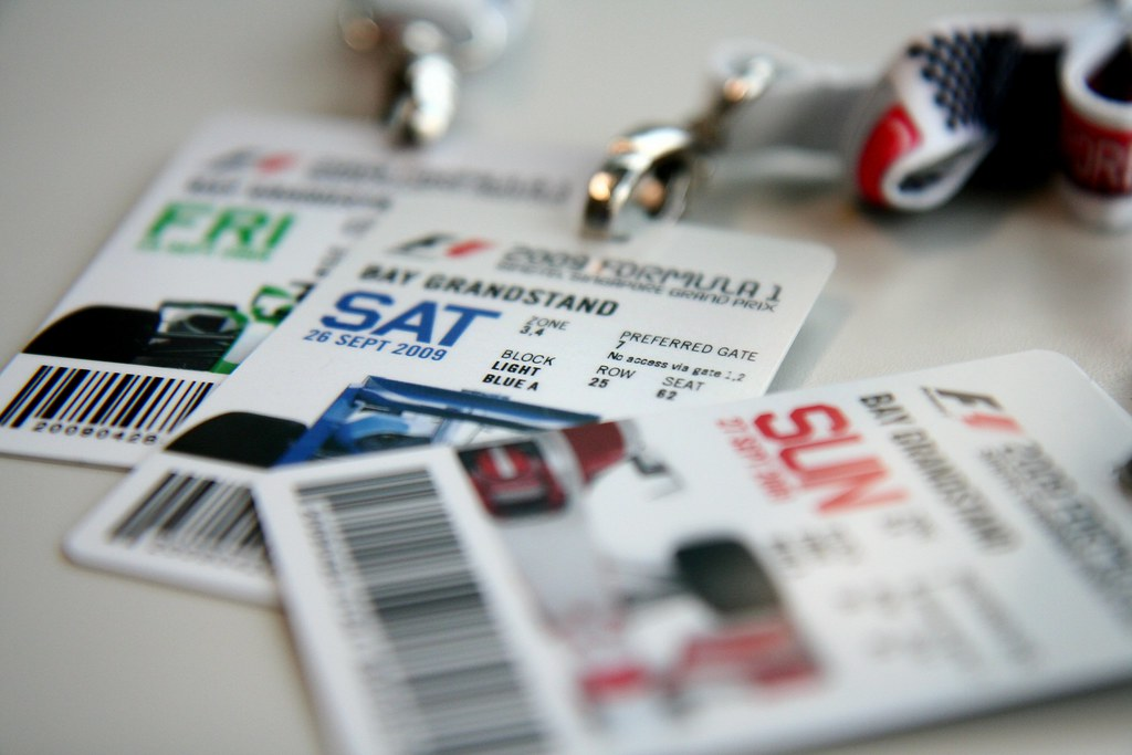 F1 2009 Singtel Singapore Grand Prix /// Bay Grandstand Weekend Tickets