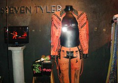 Steve Tyler Suit - Hard Rock Cafe (Spider.Dog) Tags: