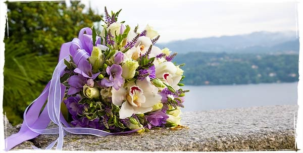 Lilac bouquet with Orchids