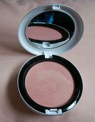 MAC Liberty of London shell pearl BP