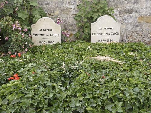 Tombes de Théo et Vincent Van Gogh. Auvers-sur-Oise