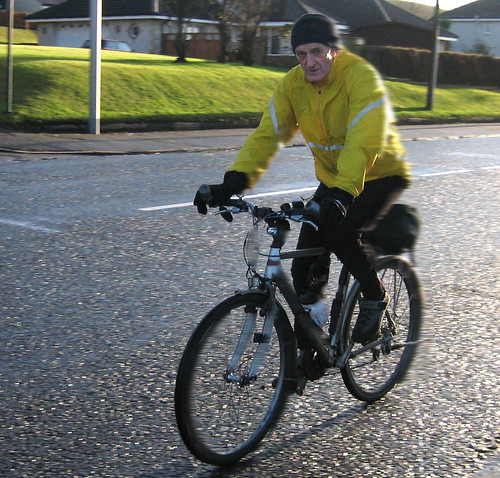 Passing cyclist 17Jan09
