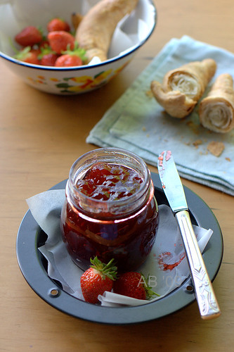 homemade strawberry jam by ab'09