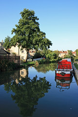 Bathampton (meonere) Tags: uk england boats landscapes bath canals kennetandavon waterways waterreflections bathampton britishlandscape