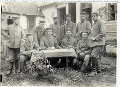 Men of Pommersches Feld-Artillerie-Regiment Nr.17 in Crapeaumesnil (France) ( drakegoodman ) Tags: cigarette postcard pipe worldwarone ww1 greatwar firstworldwar verdun germansoldiers 4thdivision feldpost backgroundperson crapeaumesnil