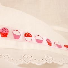 Cupcake Corset Choker (closeup)
