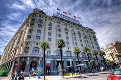 Palace Hotel, Madrid HDR (marcp_dmoz) Tags: madrid plaza city sky espaa clouds canon palms stars eos hotel spain place five himmel wolken ciudad palace palmeras cielo stadt nubes estrellas cinco neptuno hdr spanien sterne neptunes palmen neptun fnf 50d