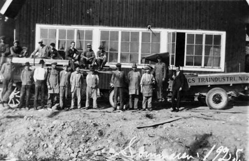 Personal på Tvings Träindustri, Sommaren 1925