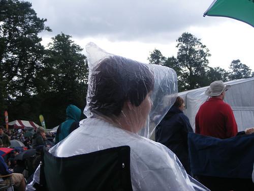 nottingham uk plasticbag raining wollatonpark nottinghamshire wollaton splendour crapweather rainhat nottinghamsplendour2009