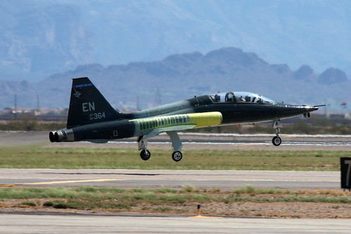 Airplane picture - Northrup T-38 Talon - departure