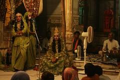Moody Eunuchs singing in the Temple (jlaird14) Tags: india temple moody singing rishikesh eunuchs