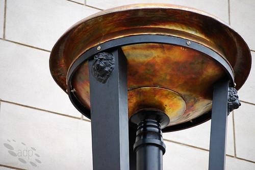 Mill_Gate_urn[2009]