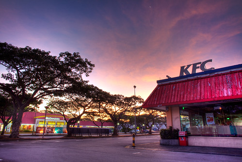 KFC and McDonald's, Kallang Stadium