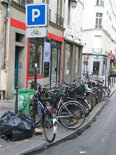 Parking à vélos, 2