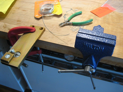 B Light Design » Blog Archive » New Tool - Table Top Wire Bender