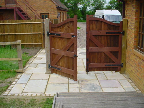 Indian Sandstone Driveway  Image 12