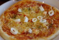 ロブスター入りのピザ