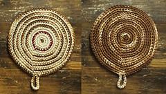 Agarradera Marrón (à la pipetoi) Tags: crochet regalo presente agarradera