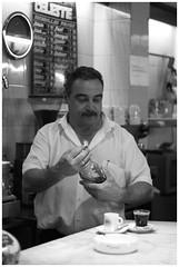 Barman 1 (D*C) Tags: portrait bar retrato sourire barman barmaid barmen
