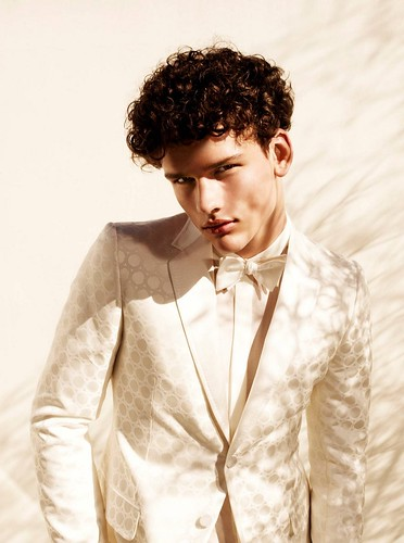 Simon Nessman031(GQ Russia_Major Model Blog)