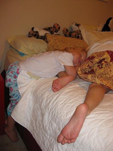 More strange sleeping positions