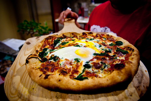 Homemade Pizza: Egg, Spinach, Proscuitto, and Shallots