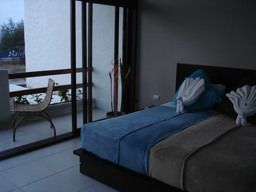 Ecuador-beach-condo-rental