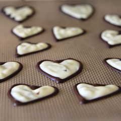 back of chocolate hearts 0683 R