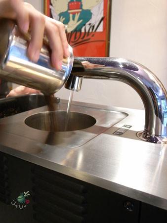 注水+到咖啡粉