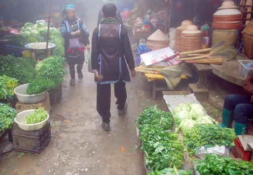 at the market, sapa