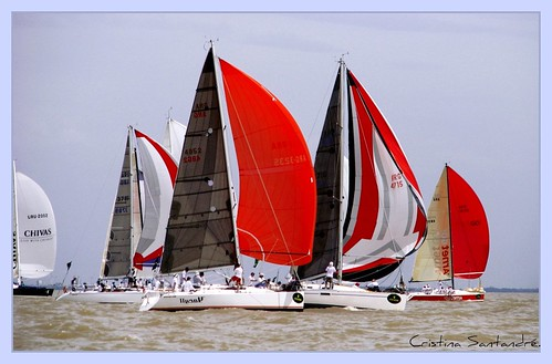 "Largada Regata a Punta del Este | <a href=""http://www.flickr.com/photos/59207482@N07/3381511357"">View at Flickr</a>"