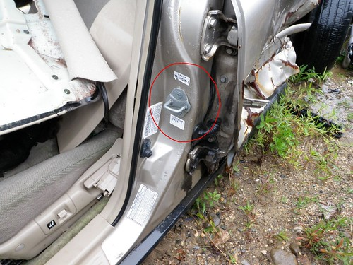 How To Find The Paint Code And Interior Trim On Your Honda Or Rhecautosalvage: 2004 Mazda 6 Paint Code Location At Gmaili.net