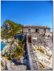 Il dormitorio dei monaci (Portovenere) (in eva vae) Tags: blue sea summer sky italy seascape history nature water colors rocks italia mare liguria stairway monks dormitory portovenere brava middleages hdr medioevo dormitorio antiquity ligh laspezia antichit storia scalinata monaci tonemapping mywinners sailsevenseas