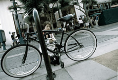 Ma bike ! (Simon Blanc) Tags: park santa simon bike del port canon boats los angeles monica promenade rey 5d 28 blanc 1635 mark2 1635l blancon 5d2 canmarina
